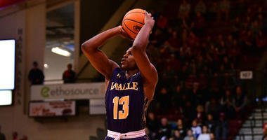La Salle junior guard/forward Saul Phiri