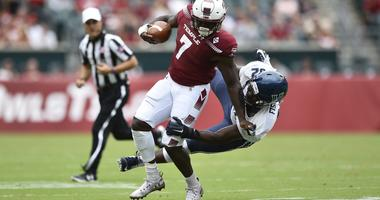Temple Owls running back Ryquell Armstead (7) is tackled by Villanova Wildcats defensive lineman Malik Fisher (92) during the first quarter at Lincoln Financial Field, Sep 1, 2018; Philadelphia.