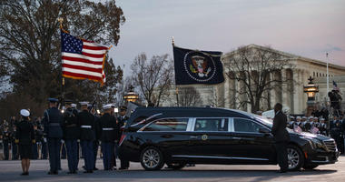 A joint services military honor guard removes the casket of former President George H.W. Bush from the hearse to carry it into the rotunda of the U.S. Capitol in Washington to lie in state, Monday, Dec. 3, 2018.