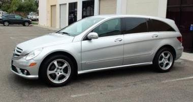 Silver 2006 Mercedes Benz 350 R SUV with tinted windows