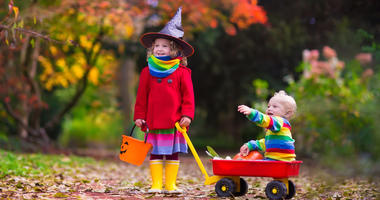 If your children are trick-or-treating tonight, there are several key health risks to bring up.