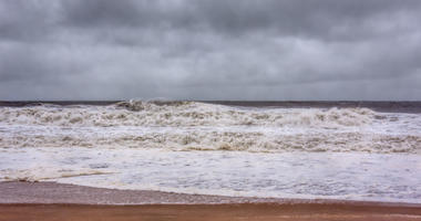 Hurricane Sandy approaches the New Jersey Shore