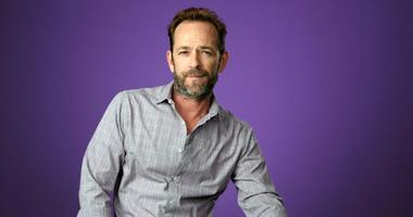 In this Aug. 6, 2018, file photo, Luke Perry poses for a portrait during the 2018 Television Critics Association Summer Press Tour in Beverly Hills, Calif.