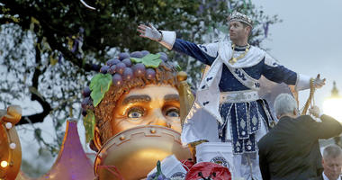 "Bacchus LI, actor Jensen Ackles, throws to the crowd as the 1,600 men of Bacchus present their 32-float Mardi Gras parade entitled ""Starring Louisiana"" on the Uptown route in New Orleans on Sunday, March 3, 2019."