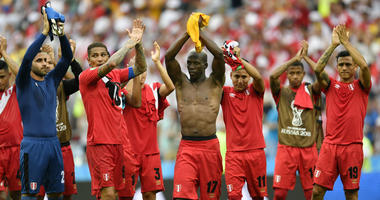 Peruvian players applaud after winning 2-0 during the group C match between Australia and Peru, at the 2018 soccer World Cup in the Fisht Stadium in Sochi, Russia, Tuesday, June 26, 2018.