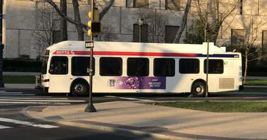 A SEPTA consultant is recommending the transit agency look at several ways to improve its bus network.