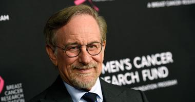 """Steven Spielberg poses at the 2019 """"An Unforgettable Evening"""" benefiting the Women's Cancer Research Fund, at the Beverly Wilshire Hotel, in Beverly Hills, Calif."""