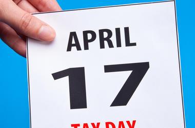 tax day, freebies