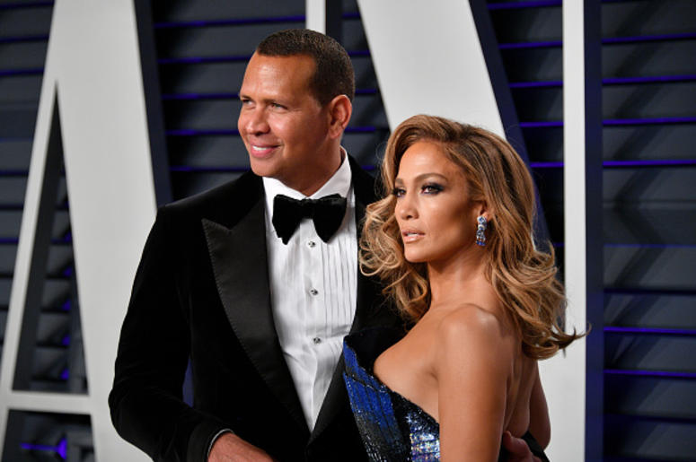 FEBRUARY 24: Alex Rodriguez (L) and Jennifer Lopez attend the 2019 Vanity Fair Oscar Party hosted by Radhika Jones at Wallis Annenberg Center for the Performing Arts on February 24, 2019 in Beverly Hills, California. (Photo by Dia Dipasupil/Getty Images)