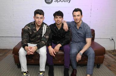 Jonas Brothers Celebrate Their New Album Topping Billboard Charts.jpg