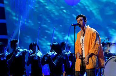 Lauv performs onstage during FOX's Teen Choice Awards at The Forum on August 12, 2018 in Inglewood, California