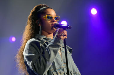 Ella Mai performs onstage in 2018