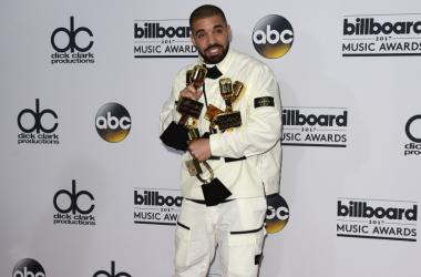 Drake in the press room at the 2017 Billboard Music Awards