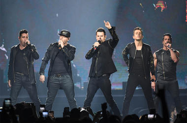 Jul 16, 2017; Hollywood, FL, USA; New Kids on the Block perform at the Hard Rock Live. Mandatory Credit: Ron Elkman/USA TODAY NETWORK
