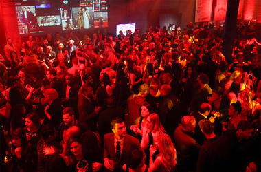 SAN FRANCISCO, CA - FEBRUARY 05: Guests attend Bleacher Report's 'Bleacher Ball' presented by go90 at The Mezzanine prior to Sunday's big game on February 5, 2016 in San Francisco, California. (Photo by Joe Scarnici/Getty Images for Bleacher Ball)