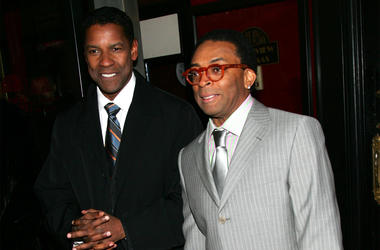 """NEW YORK - MARCH 20: Actor Denzel Washington and director Spike Lee attend Universal Pictures' premiere of """"The Inside Man"""" at the Ziegfeld Theater March 20, 2006 in New York City. (Photo by Evan Agostini/Getty Images)"""