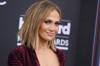 In this May 20, 2018 file photo, Jennifer Lopez arrives at the Billboard Music Awards in Las Vegas. MTV announced Tuesday, July 31, that Lopez would receive the Michael Jackson Video Vanguard Award on Aug. 20 at Radio City Music Hall in New York. Lopez, w