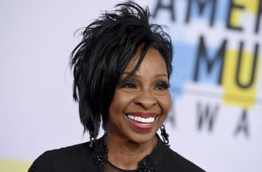 """In this Oct. 9, 2018 file photo, Gladys Knight arrives at the American Music Awards at the Microsoft Theater in Los Angeles. The seven-time Grammy Award-winner will sing """"The Star-Spangled Banner"""" at this year's Super Bowl, Sunday, Feb. 3, 2019. Knight sa"""