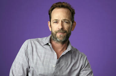 "In this Aug. 6, 2018, file photo, Luke Perry, a cast member in the CW series ""Riverdale,"" poses for a portrait during the 2018 Television Critics Association Summer Press Tour in Beverly Hills, Calif. A publicist for the ""Riverdale"" and ""Beverly Hills, 90"