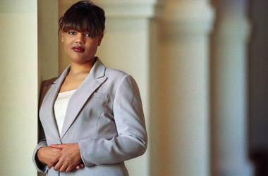 In this Feb. 10, 2000, file photo, Freeda Foreman stands in The Regent Las Vegas Hotel and Casino in Las Vegas, following a press conference announcing her professional boxing debut. (Photo credit:  (AP Photo/Laura Rauch, File)
