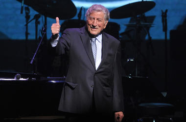 "Tony Bennett performs onstage at the Jazz Foundation of America's 17th annual ""A Great Night In Harlem"" gala concert at the Apollo Theater on Thursday, April 4, 2019, in New York. (Photo by Brad Barket/Invision/AP)"