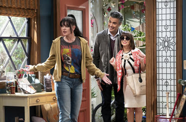 "This image released by CBS shows, from left, Pauley Perrette, Jaime Camil and Natasha Leggero in a scene from the sitcom ""Broke."" (Sonja Flemming/CBS via AP)"