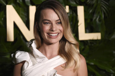 Actress Margot Robbie poses for photographers at the launch of the Gabrielle Chanel Essence fragrance at the Chateau Marmont, Thursday, Sept. 12, 2019, in Los Angeles. (Photo by Chris Pizzello/Invision/AP)