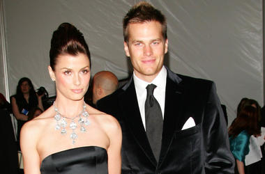New England Patriots quarterback Tom Brady and Bridget Moynahan at the Met Costume Gala in 2006