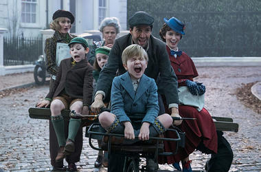 Cast of 'Mary Poppin Returns' (Photo credit: Jay Maidment/Walt Disney Studios)