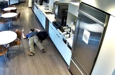 Man's 'Fake' Workplace Slip and Fall