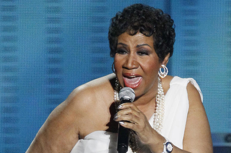 """In this Tuesday, May 17, 2011 file photo, Aretha Franklin performs during a star-studded double-taping of """"Surprise Oprah! A Farewell Spectacular,"""" in Chicago. (AP Photo/Charles Rex Arbogast, File)"""