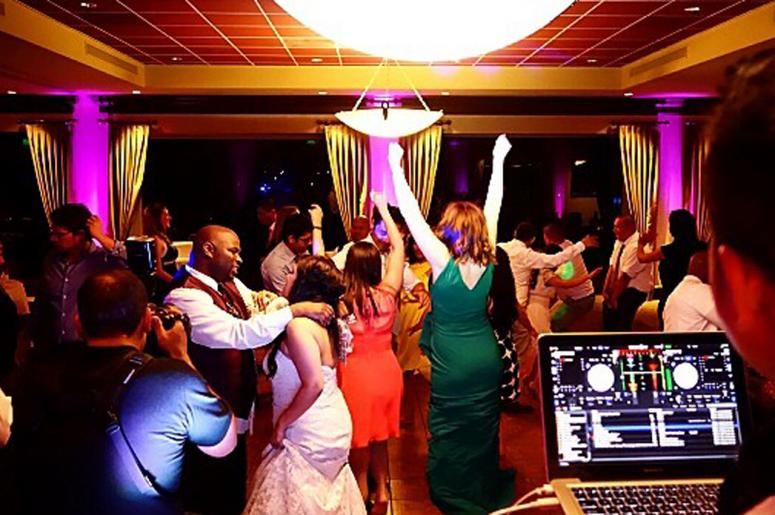Spintronix DJ Wedding