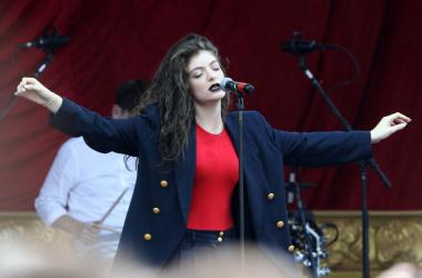 Lorde performing live