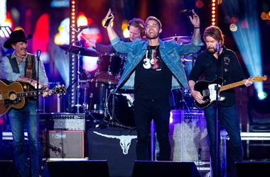 Brooks & Dunn with Brett Young