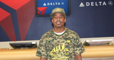 Rodney Smith Jr. is Making a Difference for Veterans One Lawn at a Time