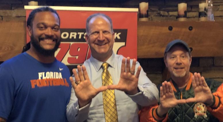 Hoch and Crowder Show: Moral victory Monday! Gino Torretta joined the show to recap UM vs UF and we play DBJ's calls from the game