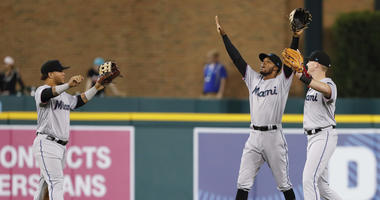 Zaslow, Romberg & Amber: Hottest Team in Baseball