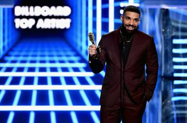 Drake at the 2019 Billboard Music Awards