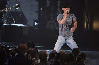 Kenny Chesney is coming to CMAC!