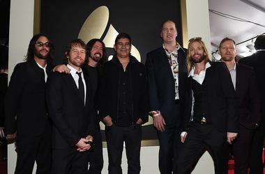Franz Stahl, Chris Shiflett, Dave Grohl, Pat Smear, Krist Novoselic, Taylor Hawkins and Nate Mendel