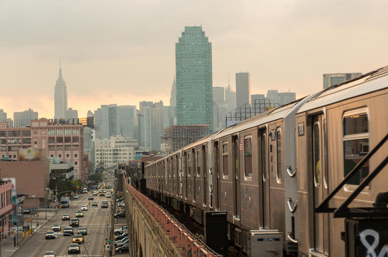 Elevated train in NYC