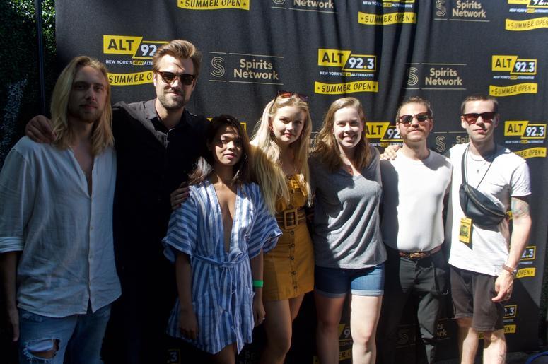 Smith & Thell Meet Fans at ALT 92.3 Summer Open Set 2