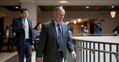 Golf buddies no more? Trump, Graham swing apart over Syria