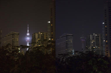 KUALA LUMPUR, March 30, 2019 (Xinhua) -- Combo photo shows lights on (L) and off of Kuala Lumpur Tower before (L) and during the Earth Hour event in Kuala Lumpur, Malaysia, March 30, 2019.