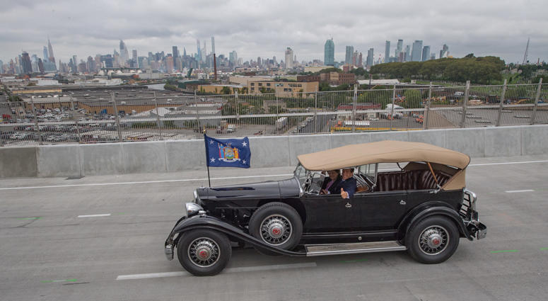 Cuomo in FDR's Packard