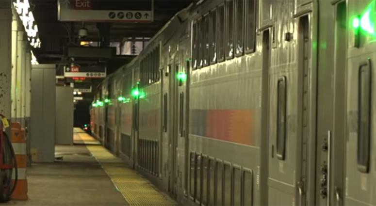 NJ Transit To Cut Rail Fares Amid Service Disruptions | WCBS
