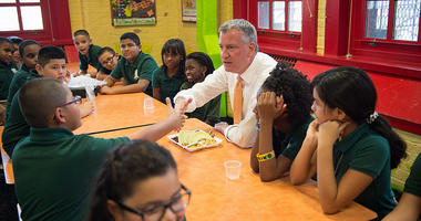 Mayor de Blasio Visits P.S. 069 in the Bronx