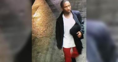 Man breaks into Bronx teen's bedroom