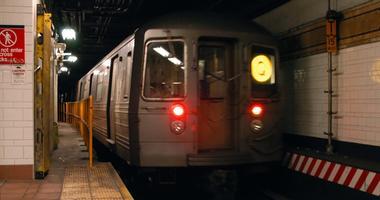 Q train subway