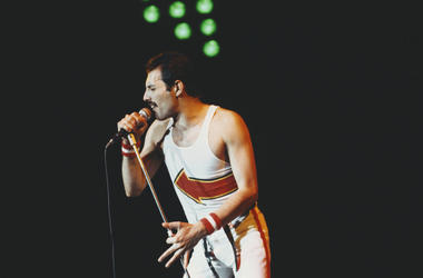 British singer and songwriter Freddie Mercury of rock band Queen performs at Leeds Football Club, England, 29th May 1982